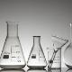 Лабораторная посуда: колбы, склянки, банки, пробирки