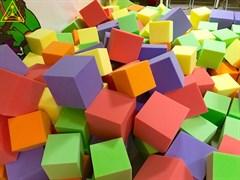 Поролоновые кубики 20 см