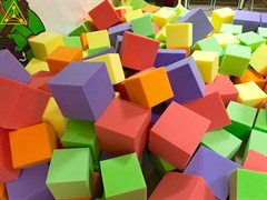 Поролоновые кубики (цветной поролон)